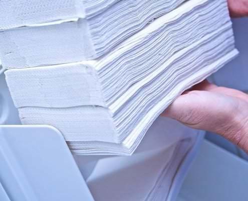 Auffüllen von Papierhandtüchern